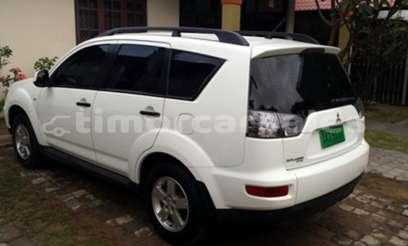 Buy Used Mitsubishi Outlander Other Car in Viqueque in Viqueque