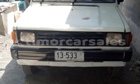 Buy Used Toyota Kijang White Car in Dili in Dili