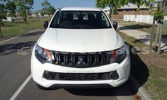 Buy Used Mitsubishi Triton White Car in Dili in Dili
