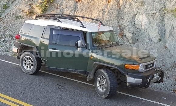 Buy Used Toyota FJ Cruiser Green Car in Dili in Dili