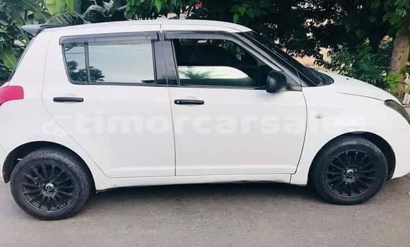 Buy Used Suzuki Swift White Car in Dili in Dili