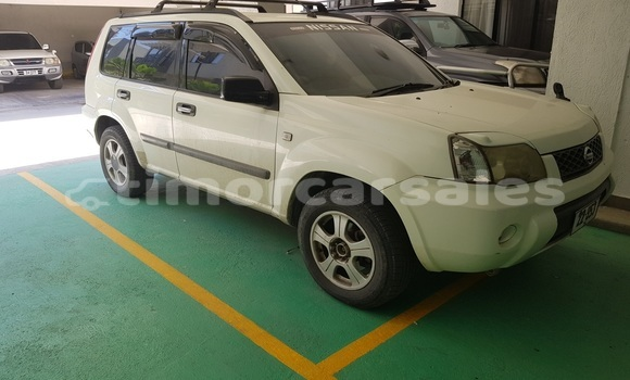 Buy Used Nissan X–trail White Car in Dili in Dili