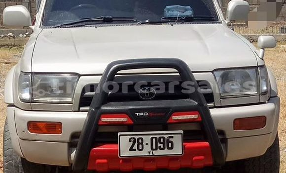 Buy Used Toyota Hilux White Car in Dili in Dili