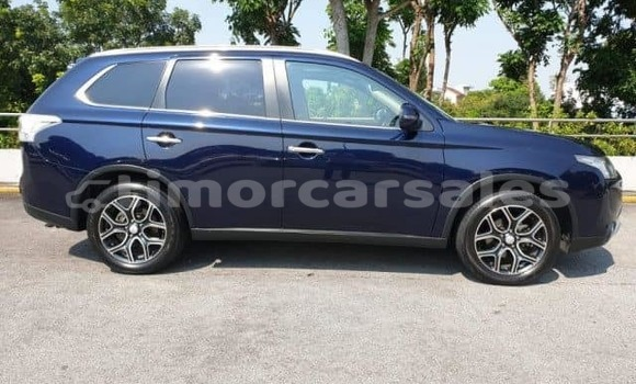 Buy Imported Mitsubishi Outlander Blue Car in Dili in Dili
