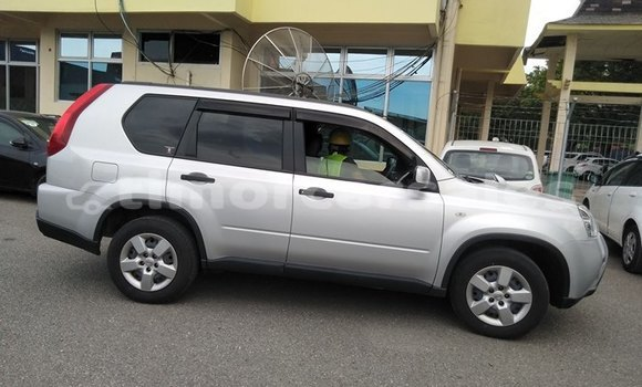 Buy Used Nissan X–trail Silver Car in Dili in Dili
