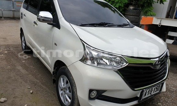 Buy Used Toyota Avanza White Car in Dili in Dili