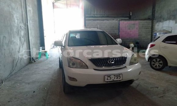 Buy Used Lexus RX White Car in Dili in Dili