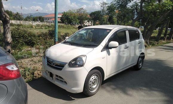 Buy Used Daihatsu Mira White Car in Dili in Dili
