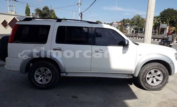 Buy Used Ford Everest White Car in Dili in Dili