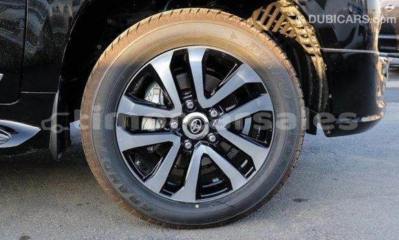 Buy Import Toyota Land Cruiser Black Car in Import - Dubai in Aileu