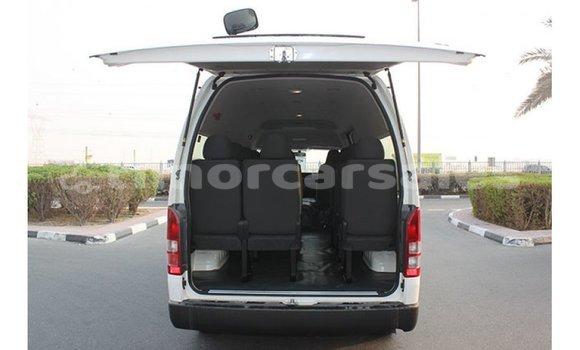 Buy Import Toyota Hiace White Car in Import - Dubai in Aileu