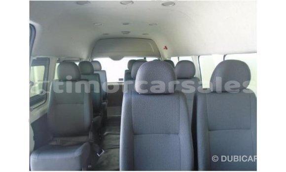 Buy Import Toyota Hiace White Car in Import - Dubai in Aileu