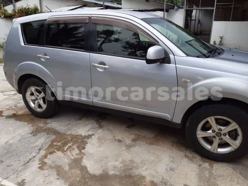 Big with watermark mitsubishi outlander dili dili 2088