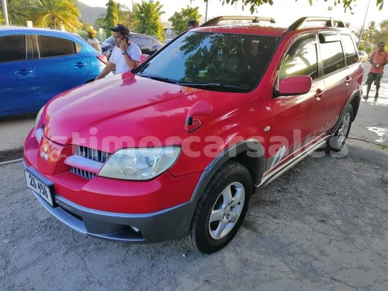 Big with watermark mitsubishi outlander dili dili 2216